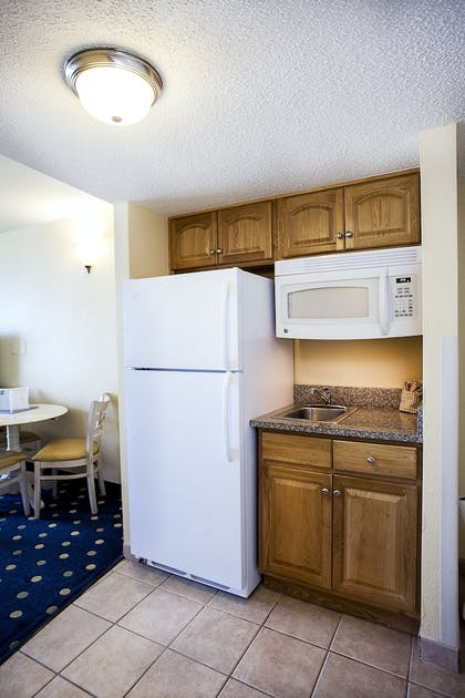 In-Room Kitchenette | Compass Cove Resort