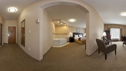 Jetted Tub   Holiday Inn Express Hotels and Suites Dayton North Tipp City
