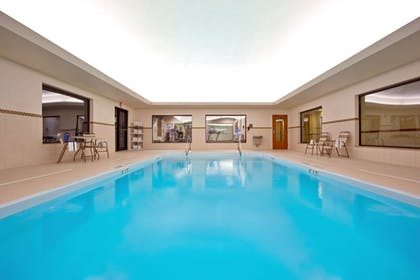 Pool   Holiday Inn Express Hotels and Suites Dayton North Tipp City