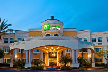 Featured Image | Holiday Inn Express & Suites Garden Grove-Anaheim South