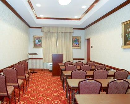 Meeting Facility   Comfort Inn And Suites