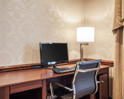 Business Center   Comfort Inn And Suites