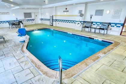 Sports Facility | Fairfield Inn & Suites by Marriott Woodbridge