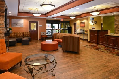 Lobby | Holiday Inn Express Hotel & Suites Dayton-Centerville