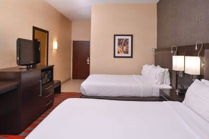Guestroom | Holiday Inn Express Hotel & Suites Dayton-Centerville