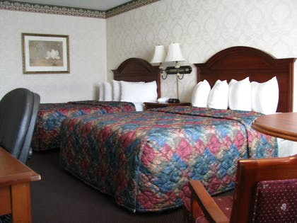 Guestroom | Le Ritz Hotel and Suites