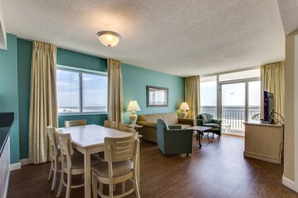 In-Room Dining | Camelot By The Sea by Oceana Resorts