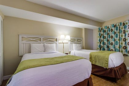 Guestroom | Camelot By The Sea by Oceana Resorts