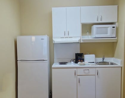 In-Room Kitchen | Extended Stay America - Wilkes-Barre - Hwy. 315