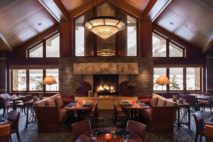Restaurant | Four Seasons Resort Jackson Hole