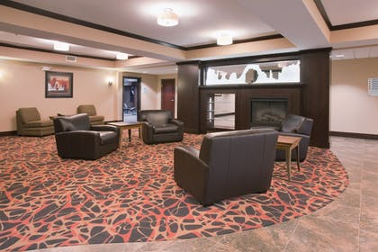 Interior | Holiday Inn Express & Suites Moab