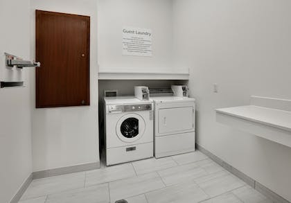 Laundry Room | Holiday Inn Express Hotel & Suites Duncanville