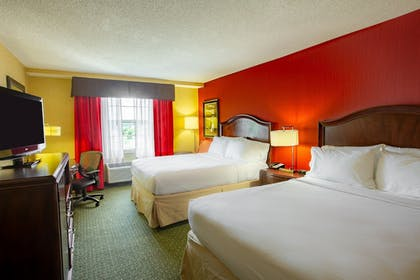 Guestroom | Holiday Inn Express & Suites Williamsburg