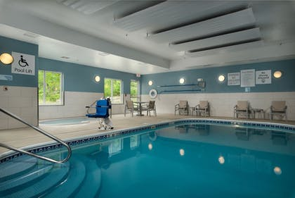 Pool | Holiday Inn Express Hotel & Suites Independence-Kansas City