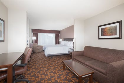 Guestroom | Holiday Inn Express & Suites Yankton