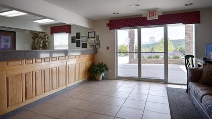 Lobby | Best Western Mountain View Inn