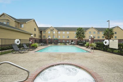 Outdoor Pool | Homewood Suites By Hilton Houston IAH Airport Beltway 8