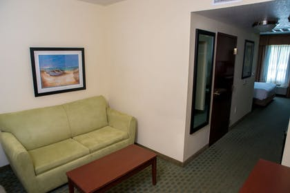 Room | Holiday Inn Express Hotel & Suites Cocoa