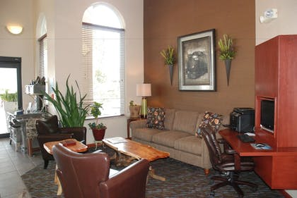 Business Center | Holiday Inn Express Hotel & Suites Hill City