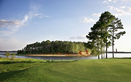 Property Grounds | Cypress Bend Resort Best Western Premier Collection