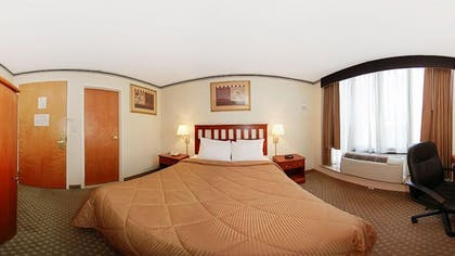 Guestroom |  | Red Lion Inn & Suites Long Island City