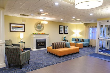 Interior | Holiday Inn Express Ludlow