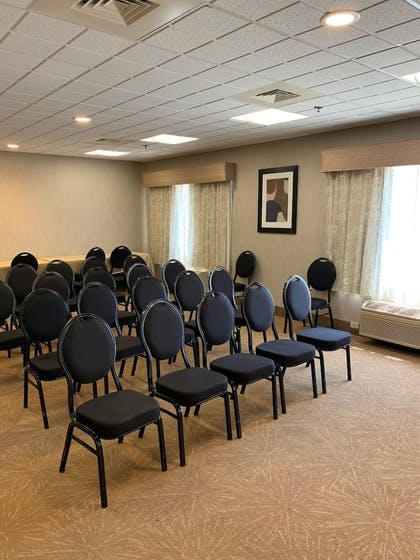 Meeting Facility | Holiday Inn Express Ludlow