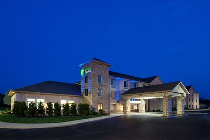 Featured Image | Holiday Inn Express Logan