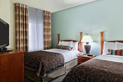 Guestroom | Staybridge Suites Chattanooga Downtown - Convention Center