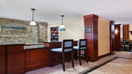 Lobby | Staybridge Suites Chattanooga Downtown - Convention Center