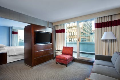 Guestroom | Four Points by Sheraton Manhattan - Chelsea