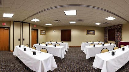 Meeting Facility | Holiday Inn Express Hotel & Suites - Cheyenne
