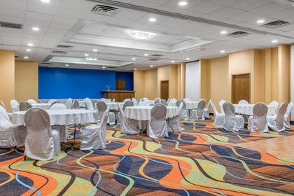 Meeting Facility | Quality Inn & Suites Bedford West