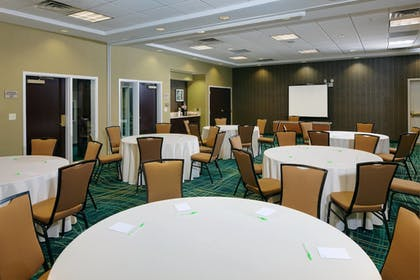 Meeting Facility | SpringHill Suites by Marriott Lansing West