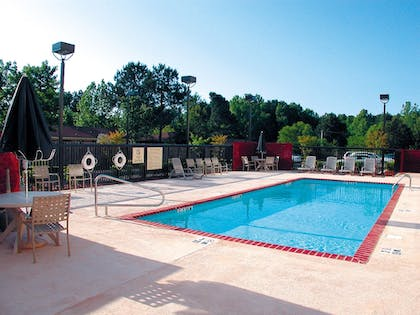Pool | Holiday Inn Express Hotel & Suites Tupelo