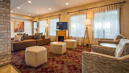 Lobby Sitting Area | Best Western Plus Howe Inn