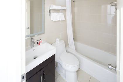 Bathroom |  | Howard Johnson by Wyndham Long Island City