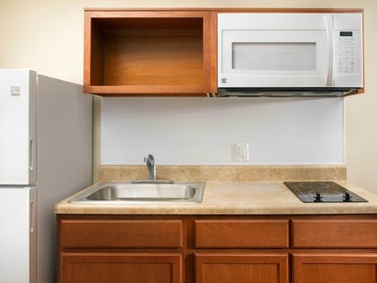 In-Room Kitchen | WoodSpring Suites Cleveland Airport