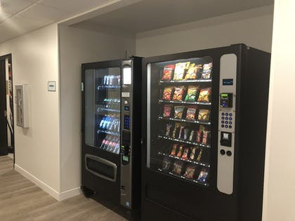 Vending Machine | WoodSpring Suites Cleveland Airport