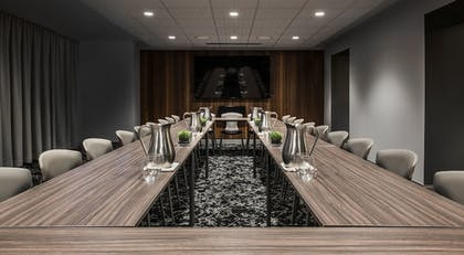 Meeting Facility | Virgin Hotels Chicago