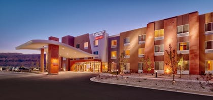 Hotel Front - Evening/Night | Fairfield Inn & Suites by Marriott Moab