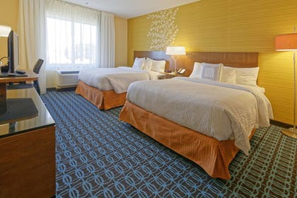 Guestroom | Fairfield Inn & Suites by Marriott Rehoboth Beach