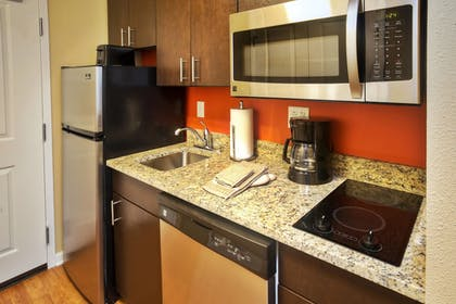 Guestroom | Towneplace Suites by Marriott Franklin Cool Springs