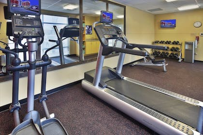 Sports Facility | Towneplace Suites by Marriott Franklin Cool Springs