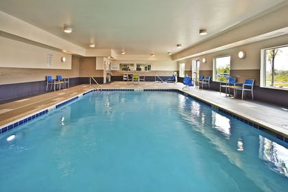 Pool | Holiday Inn Express & Suites Ann Arbor West