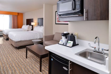 In-Room Kitchenette | Holiday Inn Express & Suites Houston NW - Tomball Area