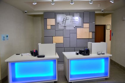 Lobby | Holiday Inn Express & Suites Houston NW - Tomball Area