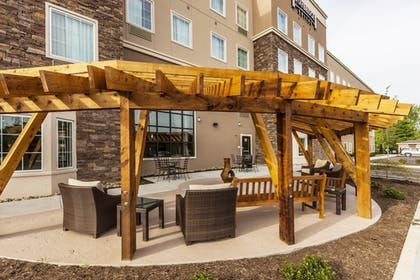 Property Grounds | Staybridge Suites Knoxville-West