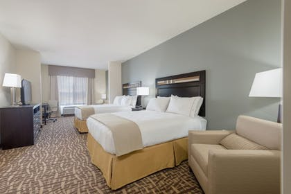Guestroom | Holiday Inn Express & Suites Denver South - Castle Rock