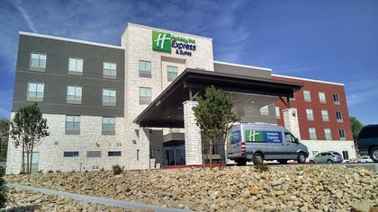 Exterior   Holiday Inn Express & Suites Price